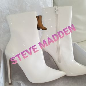 Steve MADDEN patent leather booties size 7.5 BNIB